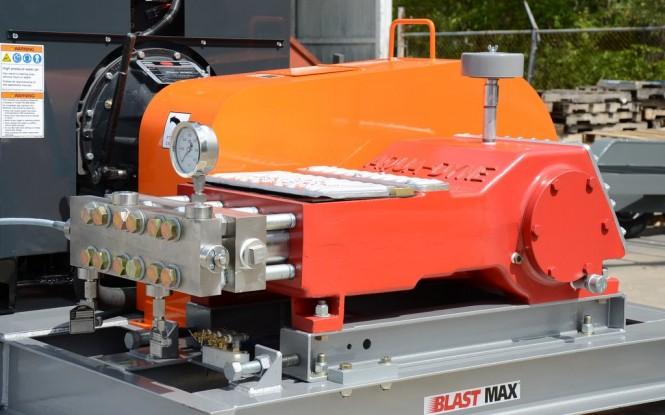واترجت فشارقوی با فشار 20000PSI  جهت رسوب زدایی و شستشوی صنعتی مبدل های حرارتی مدل Aqua-Dyne BlastMax 500 ساخت ایدروجت ایتالیا