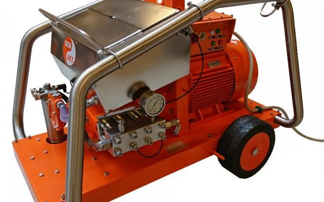 واترجت الکتریکی برقی 2000 بار جهت رسوب زدایی و شستشوی صنعتی مدل CE-40 ساخت دن جت دانمارک