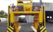 Straddle-Carrier-600x714.jpg