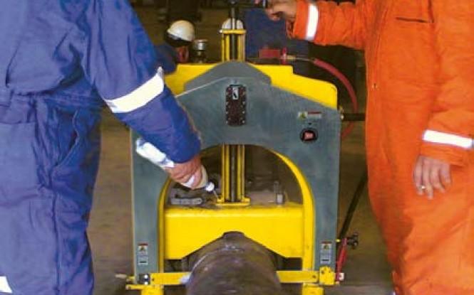 ابزارآلات جانبی و تجهیزات مرتبط با لوله بر دروازه ای پرتابل گیوتین مدل Guillotine Pipe Saw Tooling ساخت وش آمریکا