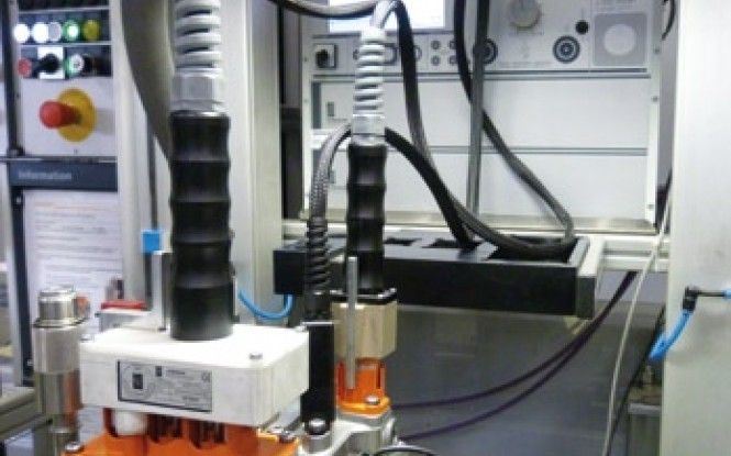 تست صحت اتوماتیک موتور های هیبریدی مدل Automatic hybrid motor testing ساخت وایتلگ انگلستان
